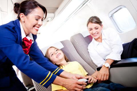 Pramugari Ini Beberkan Sikap Penumpang Berdasarkan Cara Berpakaian di Pesawat (2)