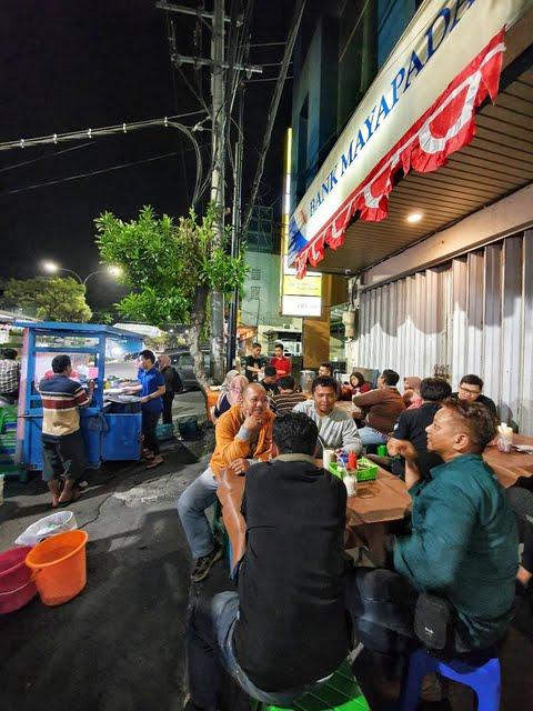 5 Rekomendasi Kuliner di Surabaya yang Buka Malam Hari hingga 24 Jam (5)